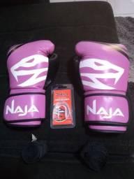 Kit Luva de Boxe Muay Thai Naja First 12 oz + Bandagem + Protetor Bucal - Rosa