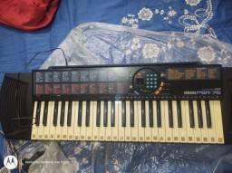 Teclado Yamaha psr 76