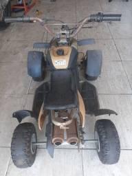 Quadriciclo sazaki 2T