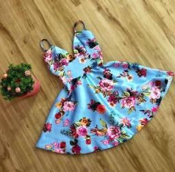 vestido curto florido