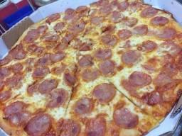 2 pizzas grande 16 pedaços por 30,00