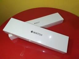 Apple Watch Se Gps, 40mm, Caixa Prateada de Alumínio - Lacrado