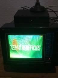 Uma rádio TV colorida