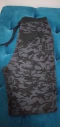 Calça camuflada 14