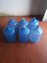 20 litros vazios de água mineral novos