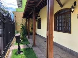 Vendo linda casa no bairro Alípio de Melo