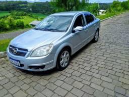 GM Vectra completão com consumo de CG