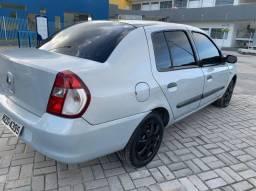 Clio sedan 2008 alienado