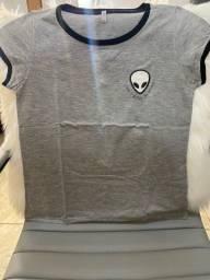 Camiseta cinza ET