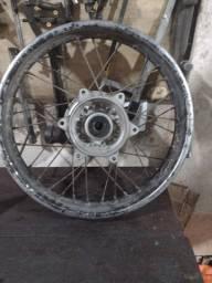 Roda traseira de bros