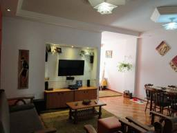 Apartamento de 3 quartos com área externa na Alberto Braune