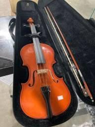 Violino 4/4 Baith com arco e estojo, usado