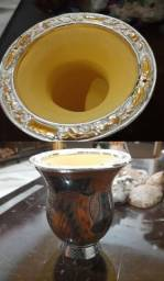Cuia grande com bocal de prata e ouro