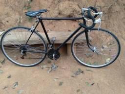 Uma bicicleta monark 10
