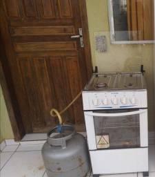 fogão e botijão de gás