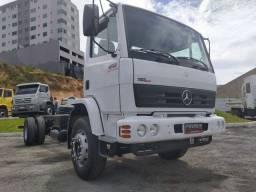Caminhão toco 1718 2010