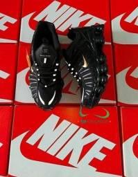 Tênis Nike 12 MOLAS preto/dourado (PROMOÇÃO)