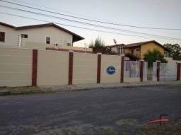 Casa duplex, toda projetada, em condomínio no Castelão