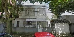Aluga-se casa para o setor comercial/empresarial/educacional no bairro de Nazaré