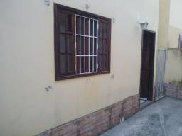 Casa de 2 quartos no Jardim Catarina com garagem