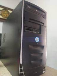 CPU formatado, pronto para uso - 4gb de memória RAM