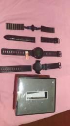 Smartwatch Amazfit Pace com 4 pulseiras