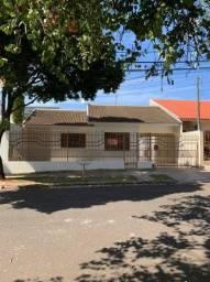 LOCAÇÃO | Casa, com 4 quartos em Jardim Imperial, Maringá