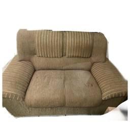 Sofás 3 e 2 lugares semi novos com almofadas