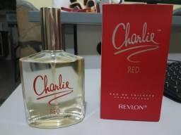 Charlie Red eau de toilette vaporisateur Revlon