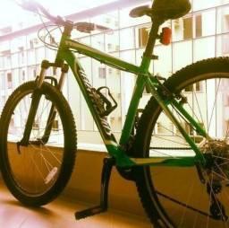 Procuro Bike Grande tamanho 21 a 23