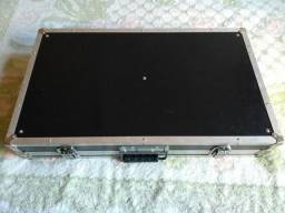 Pedalboard 60x34 (medidas internas) - Hard case
