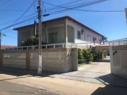 Casa em Limoeiro do Norte com oito suítes