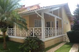 Casa Santa Isabel c/ 5 Quartos (2 suítes), Piscina, churrasqueira