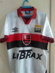 bf9a829017 Futebol e acessórios no Brasil