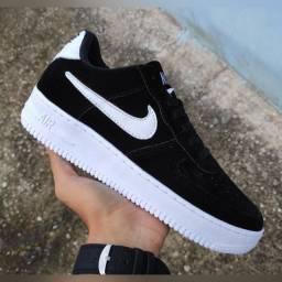 Tênis Nike (Frete Gratis)