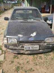 Ford escort. GL - 1990