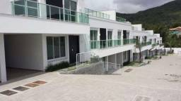 Lindas casas de 3 Suites em Santo Antonio de Lisboa.