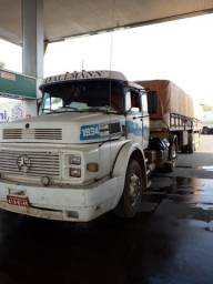 Caminhão MB 90 e carreta 77