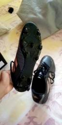 Chuteira Adidas não usada