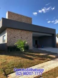 Casa em Condominio Fechado em Senador Canedo, 3 Suítes, Lazer, Piscina