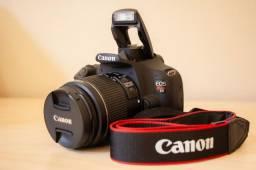 Canon T5 + lente 18-55, muito conservada!