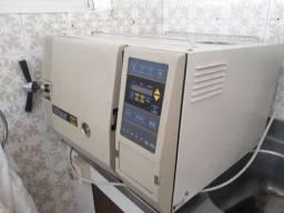Autoclave tuttnauer 2340 EK digital 23 litros