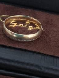 Vende-se Aliança Ouro 18k com Diamantes