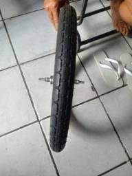 Vende-se um pneu novo