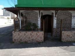 Alugo casa em Valença-Ba