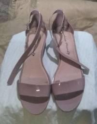 Sapatos tamanho 38/39