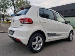 Volkswagen Fox Rock in Rio 1.6  vendo troco e financio