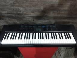 Baixou o preço vendo teclado musical casio