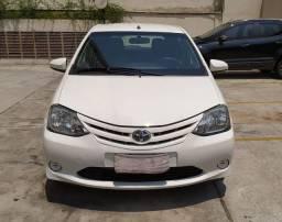 Vendo Toyota etios 2015/16
