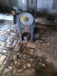 Prensa para romper concreto